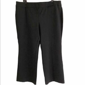 Jones Studio black pull on dress pants. 20 W